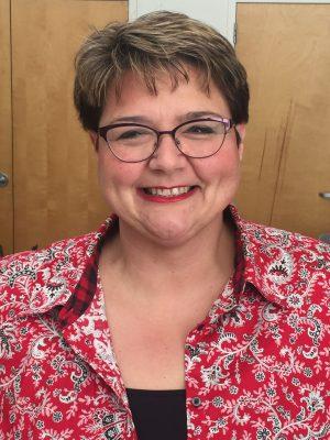 EcoRise Teacher Ambassador Mary Ann Settlemyre Headshot